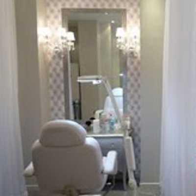 notre visite myst re au boudoir du regard paris 16. Black Bedroom Furniture Sets. Home Design Ideas