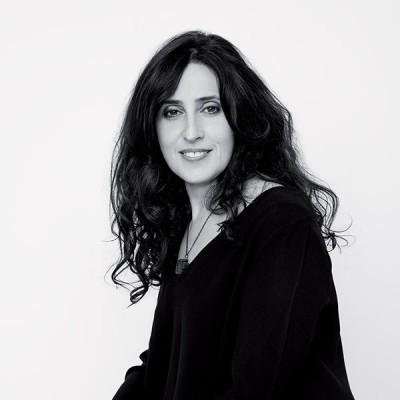L'interview de Nathalie Tuil adepte de la coiffure végétale