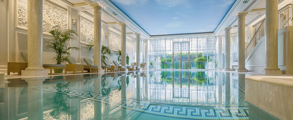 Spa shangri la paris for Piscine hotel paris