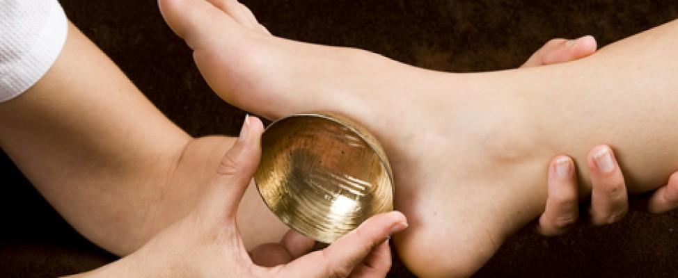 Massage des pieds, réflexologie